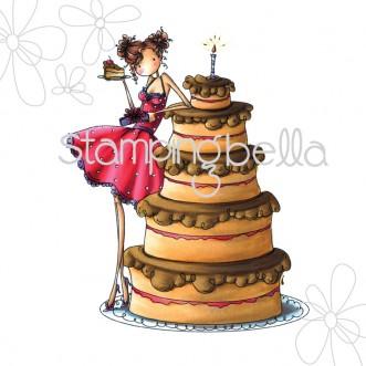 uptown girl BIANCA has a BIG CAKE