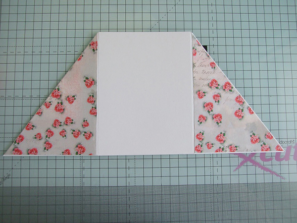 Stamping Bella - Create a Criss Cross Card with Sandiebella. Click through for the full step by step photo tutorial!
