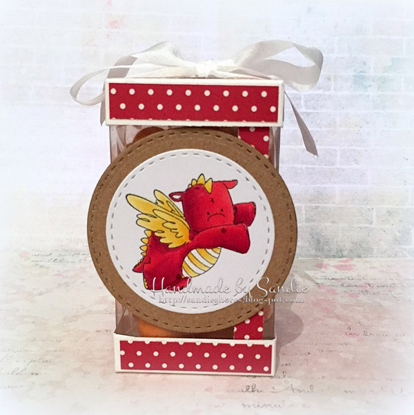 Stamping Bella DT Thursday - Create an Acetate Gift Box with Sandiebella. Click through for full step by step guide!