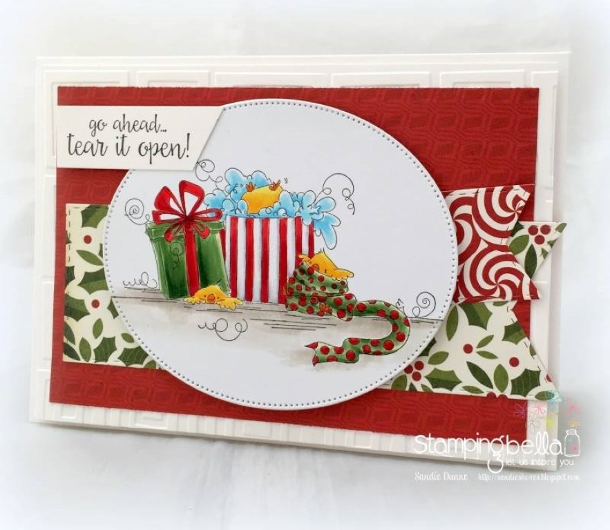 www.stampingbella.com: RUBBER STAMP USED : CHRISTMAS MORNING CHICKS, card by SANDIE DUNNE