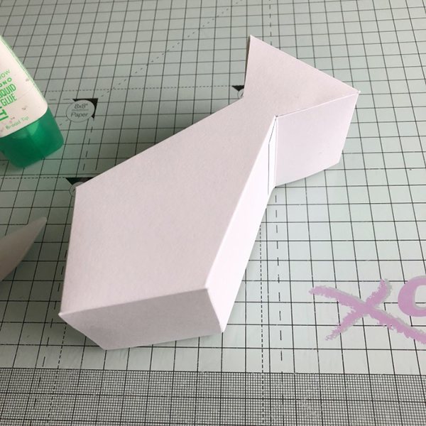 Stamping Bella: Thursday with Sandiebella - Create a Tie Shaped Gift Box featuring Father's Day Chick